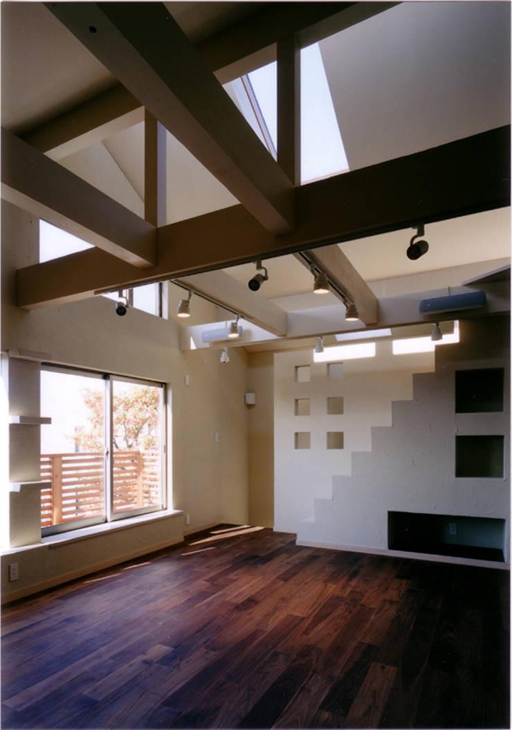 Comedores eclécticos de 豊田空間デザイン室 一級建築士事務所 Ecléctico