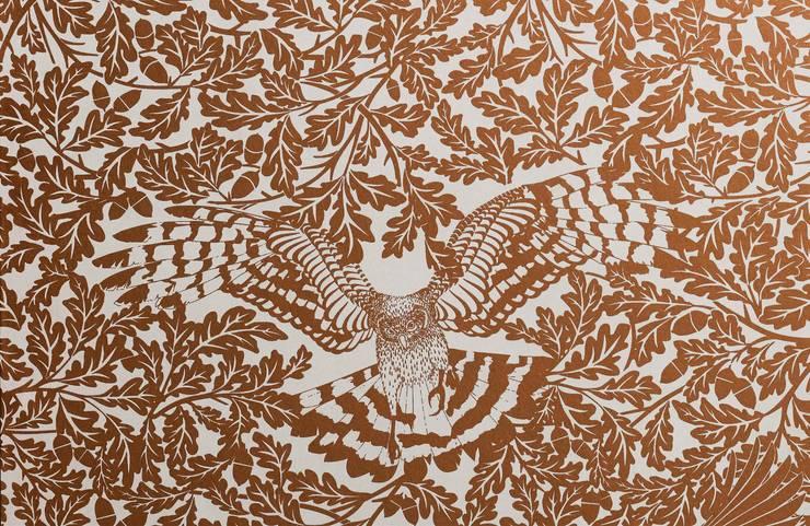 FOREST Copper Rust Metallic Screen Print Wallpaper 10m Roll de Hevensent Escandinavo