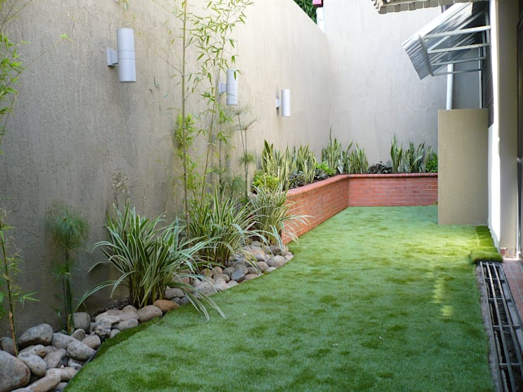 PRIVATE RESIDENCE - PANAMA CITY: minimalistic Garden by TARTE LANDSCAPES