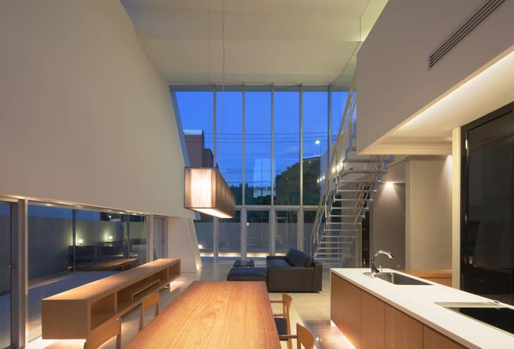 KS-house: 森裕建築設計事務所 / Mori Architect Officeが手掛けたダイニングです。