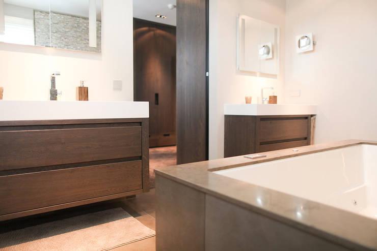 Strak Landelijke Badkamer : Landelijk strak badkamermeubel castrom keukens interieurs