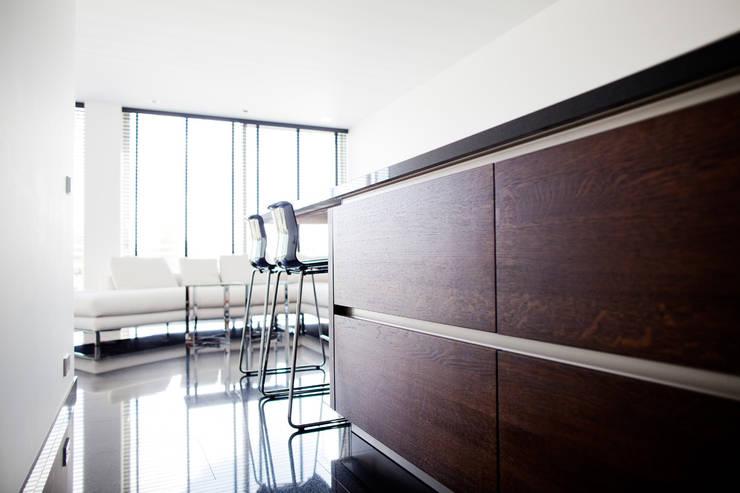 Keuken modern:   door Wood Creations