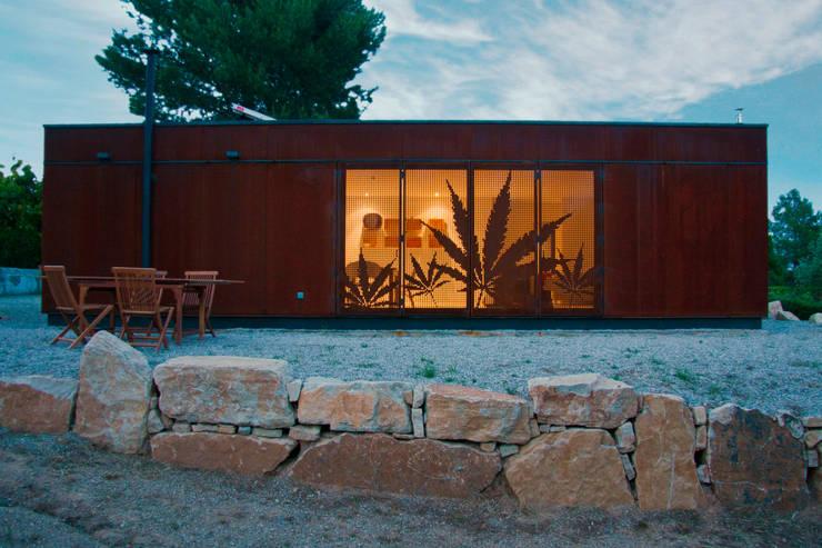 Casas de estilo  por james&mau