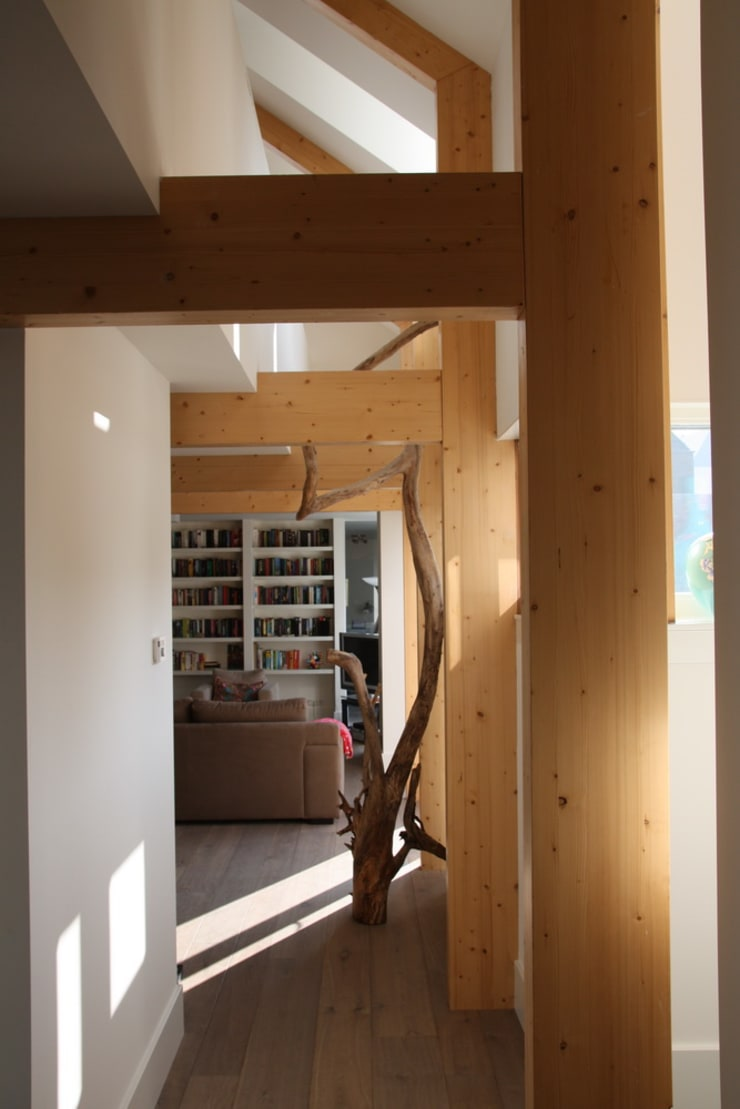 Hoevewoning:  Woonkamer door Architectenbureau Jules Zwijsen