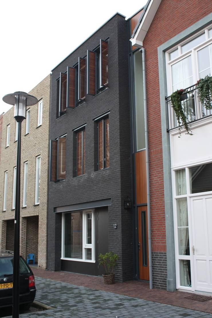Maisons de style  par Architectenbureau Jules Zwijsen, Moderne