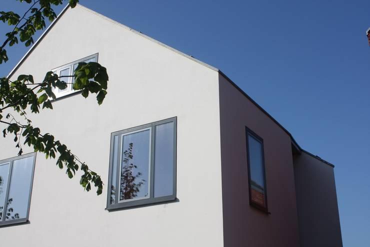 Architectenbureau jules zwijsen wit modern huis cronenburgh homify