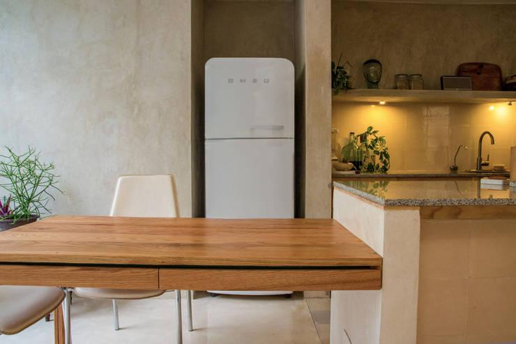 Cocinas de estilo  por Fundamental Arquitectura Habitable