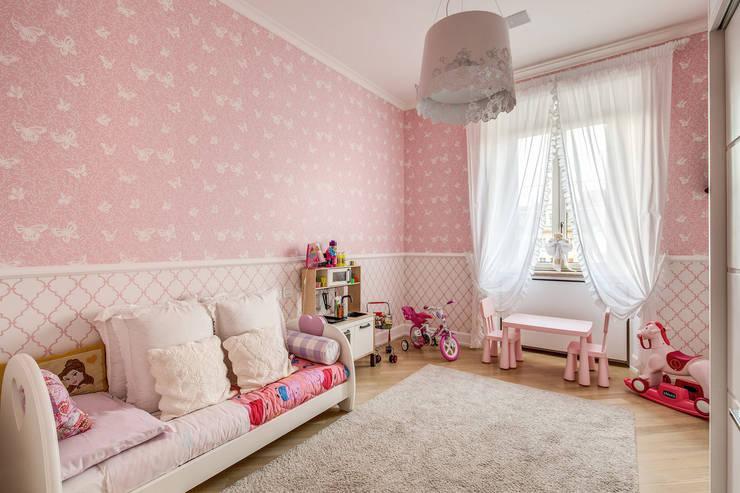 GERMANICO : Camera da letto in stile  di MOB ARCHITECTS