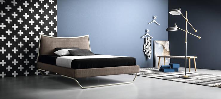 Letti matrimoniali di design made in Italy von Viadurini | homify