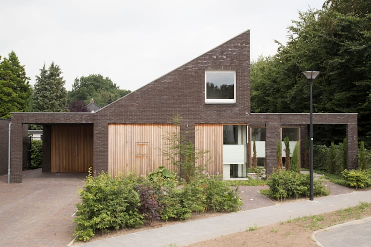 modern Garden by Jan Couwenberg Architectuur