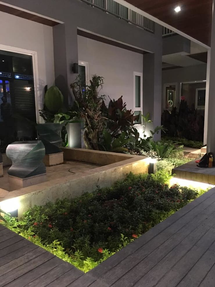 สวนสวย ออกแบบแสงโดยเบสิคไลท์:   by เบสิคไลท์ไมโครซีสเต็มส์