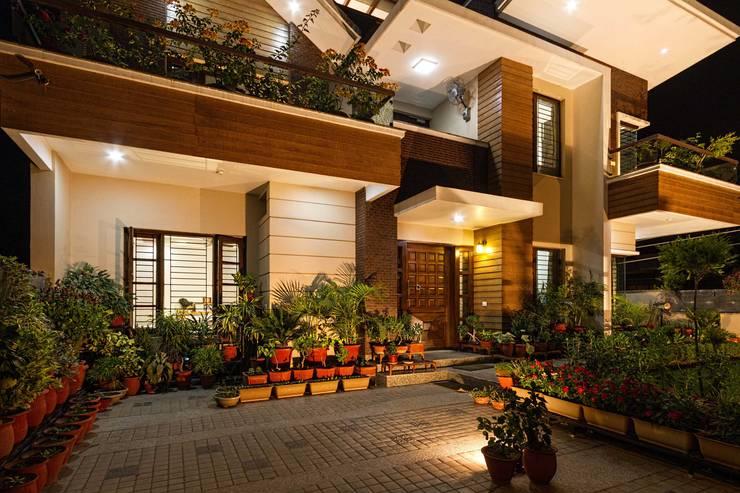 Kansal Resi:  Hospitals by Inner Value Architects