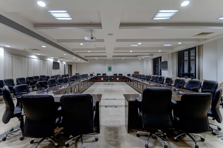 Kisan Bhawan:  Conference Centres by Inner Value Architects