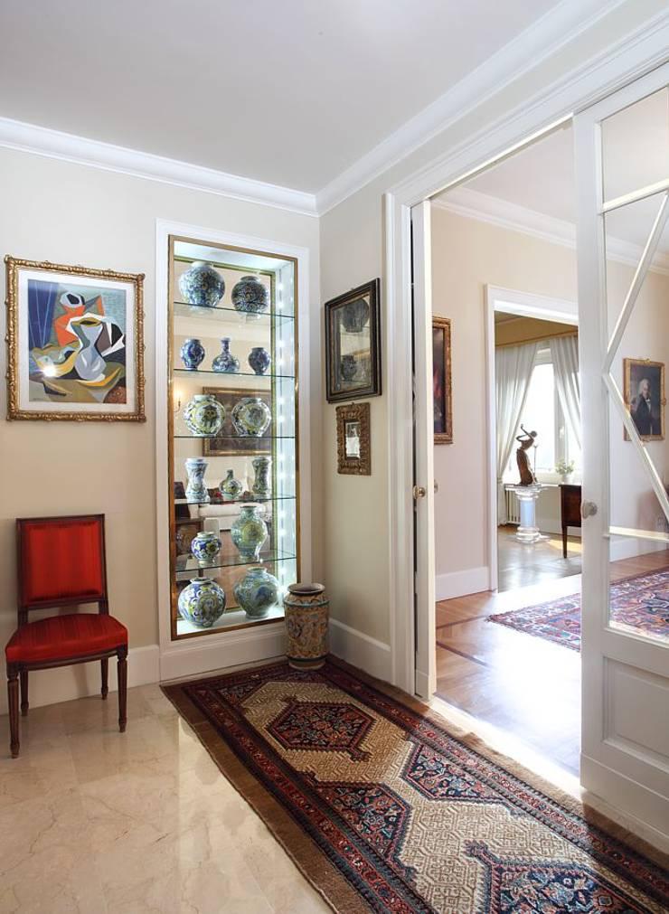 La casa classica di architetto de grandi homify for Foto casa classica