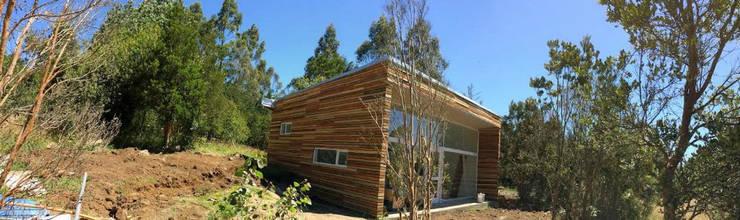 Casa Murta: Casas de estilo  por Cordova Arquitectura y Construcción .