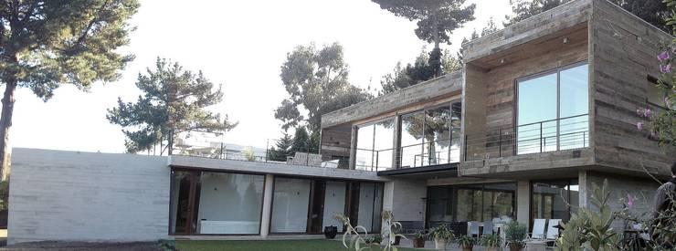Casa Cantagua: Casas de estilo  por F+F Arquitectos