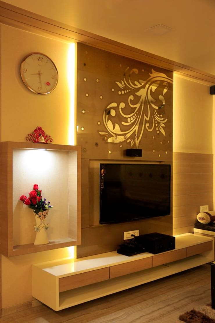 MR HARESH RESIDENCE:  Multimedia room by PSQUAREDESIGNS