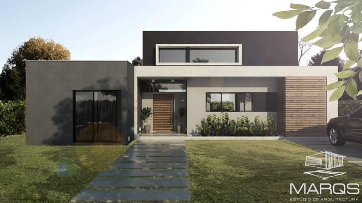 FACHADA: Casas de estilo  por Estudio MaRqS,