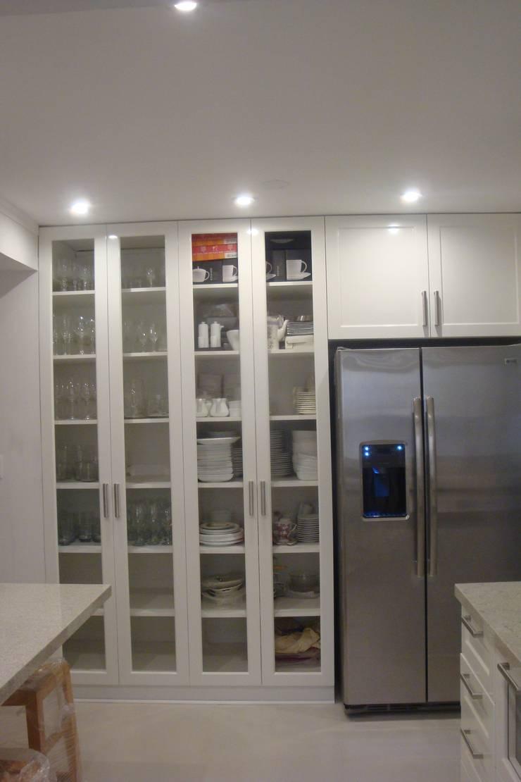 Casa AM San Isidro: Cocinas de estilo  por Arquitotal SAC