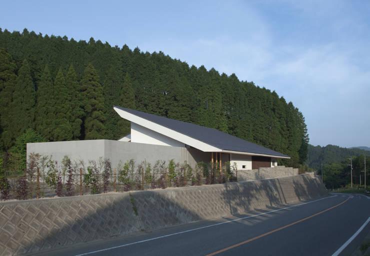 小石原の家: 森裕建築設計事務所 / Mori Architect Officeが手掛けた家です。