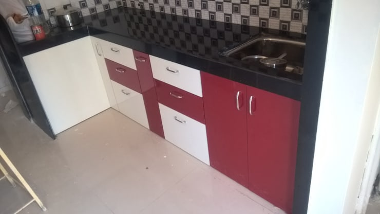 1 BHK RESIDENTIAL PROJECT @2016: modern Kitchen by SHARADA INTERIORS