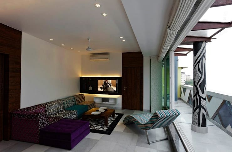 Mittal Residence, Colaba, Mumbai :  Living room by Inscape Designers