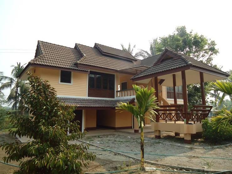 Renovate-home-บ้านพักอาศัยสองชั้น:   by บริษัท ซุปเปอร์ฮีโร่เฮาส์ จำกัด