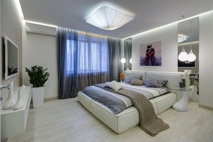 Apartments for stylish women: Спальни в . Автор – Natali Vasilinka