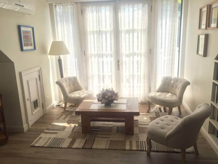 Salas de estar decoracion: Livings de estilo  por Studio Barla