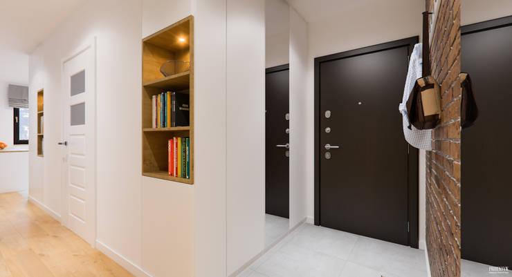 الممر والمدخل تنفيذ PRØJEKTYW | Architektura Wnętrz & Design