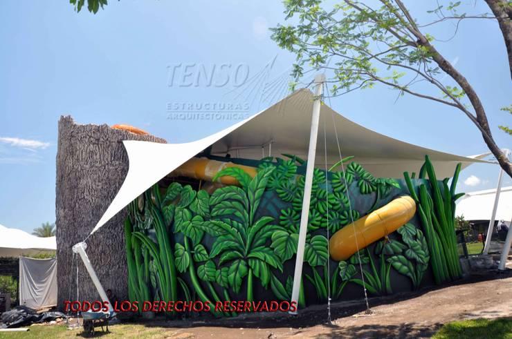 Area de bichos, Jardines de Mexico, Morelos: Espacios comerciales de estilo  por TENSO DISEÑOS MX , Moderno