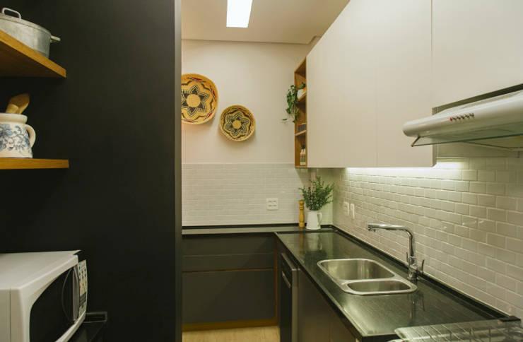 Apartamento MM: Cozinhas  por MZNO