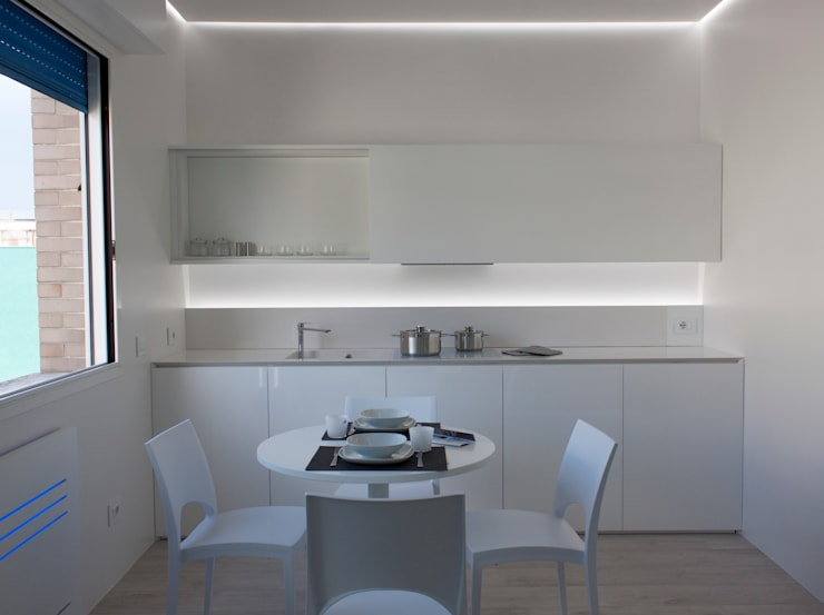 Cocinas de estilo minimalista por Giemmecontract srl.