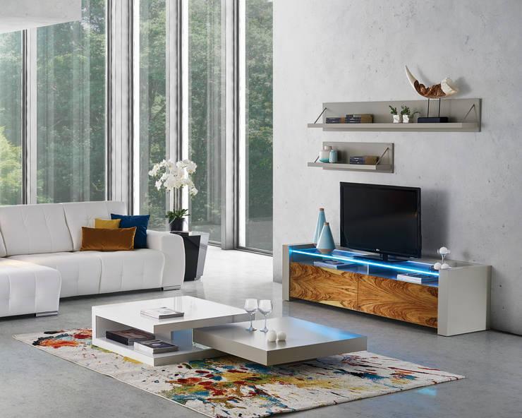 modern Living room by Antarte Mobiliário