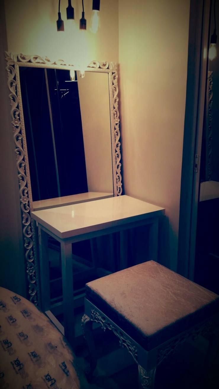 Dressing Unit:  Bedroom by Alaya D'decor