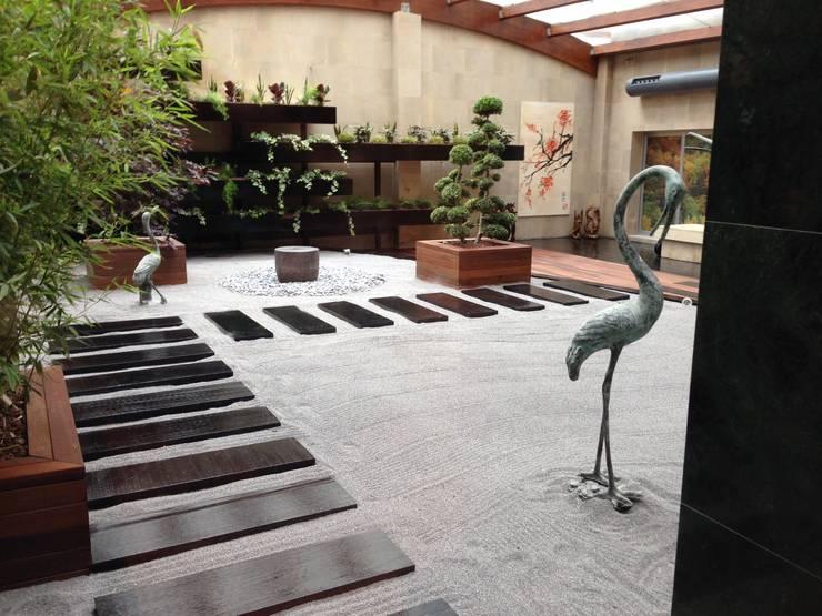 Patio Interior Clinica Odontologica Oviedo By Landskapes Anja - Jardin-interior-zen