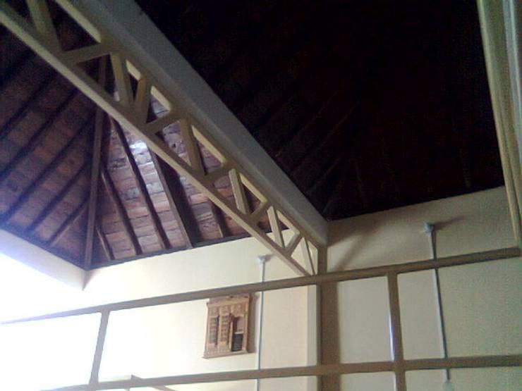 VIVIENDA PATRIMONIAL GRUPO DE TEATRO MAMPARA: Terrazas de estilo  por ESTUDIO DE ARQUITECTURA C.A