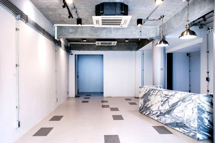 V-OFFICE:  อาคารสำนักงาน by scaleup architects