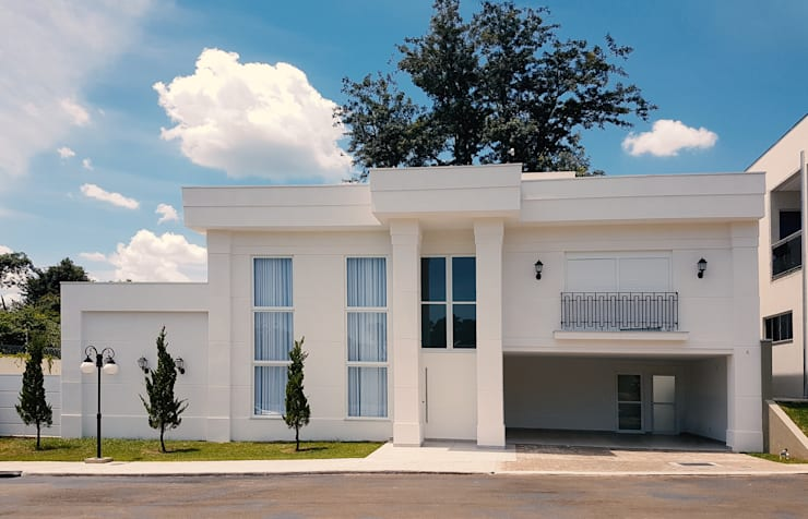 Casas de estilo clásico por Dani Santos Arquitetura