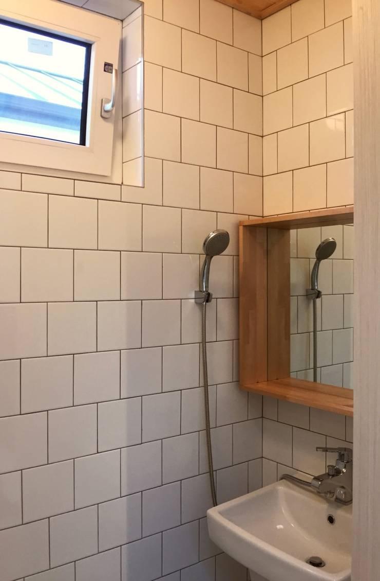 용인 동백주택 #1: HAUS.O의  욕실