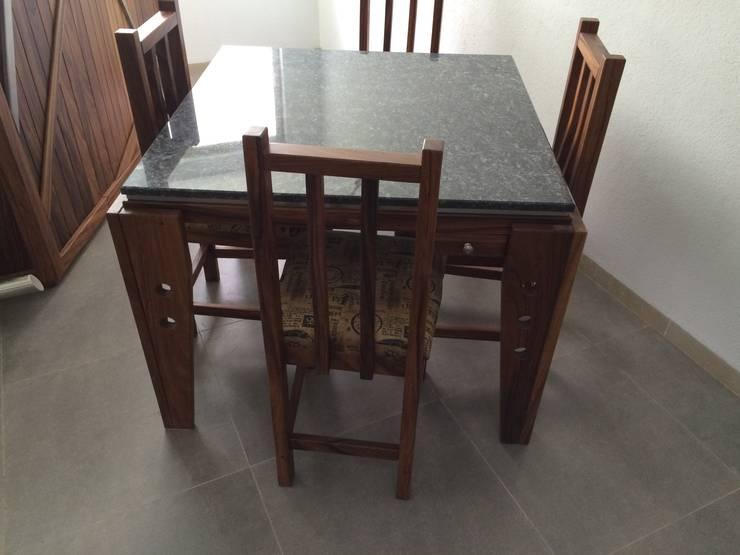 Mesa de Comedor :  de estilo  por Stann Designs S.A de C.V., Moderno