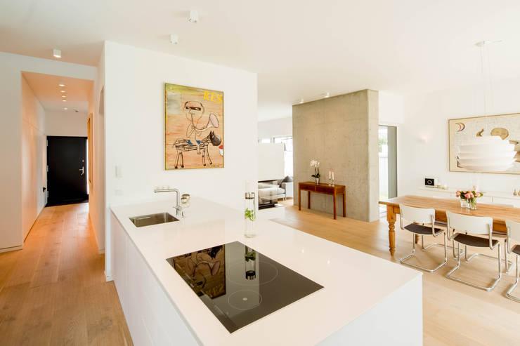 moderne Keuken door Ferreira | Verfürth Architekten