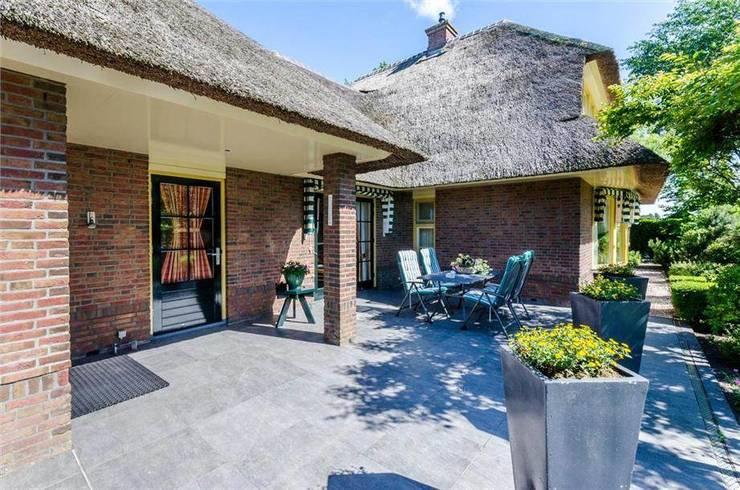 Villa Duingebied:  Terras door Kuiper Steur architecten BNA