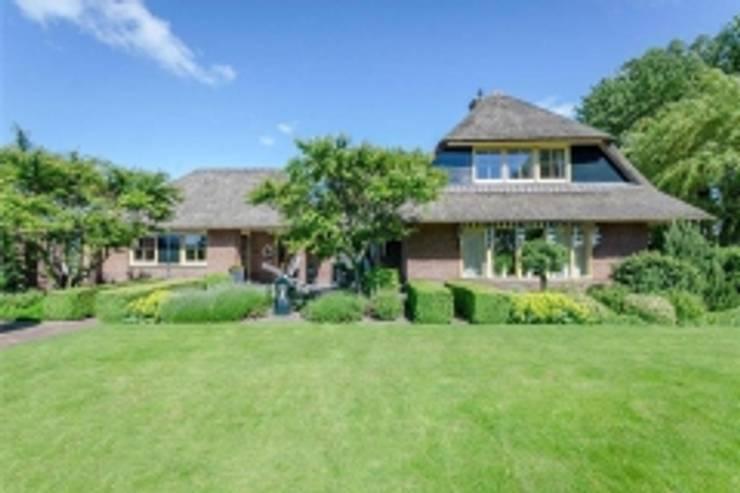 Villa Duingebied:   door Kuiper Steur architecten BNA