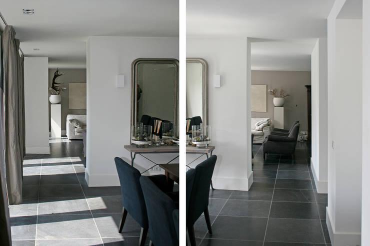 Eetlamer/ living:  Woonkamer door Doreth Eijkens   Interieur Architectuur, Modern