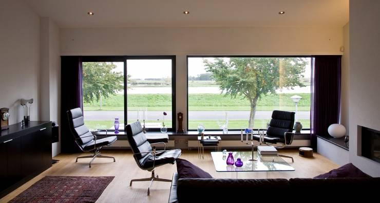 woonkamer:  Woonkamer door Verhoeven Architectuur & Interieur