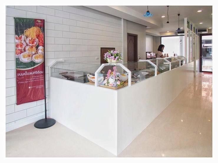 ร้านขนมครกและขนมไทยแม่ศรีเรือน:   by Vpinterior