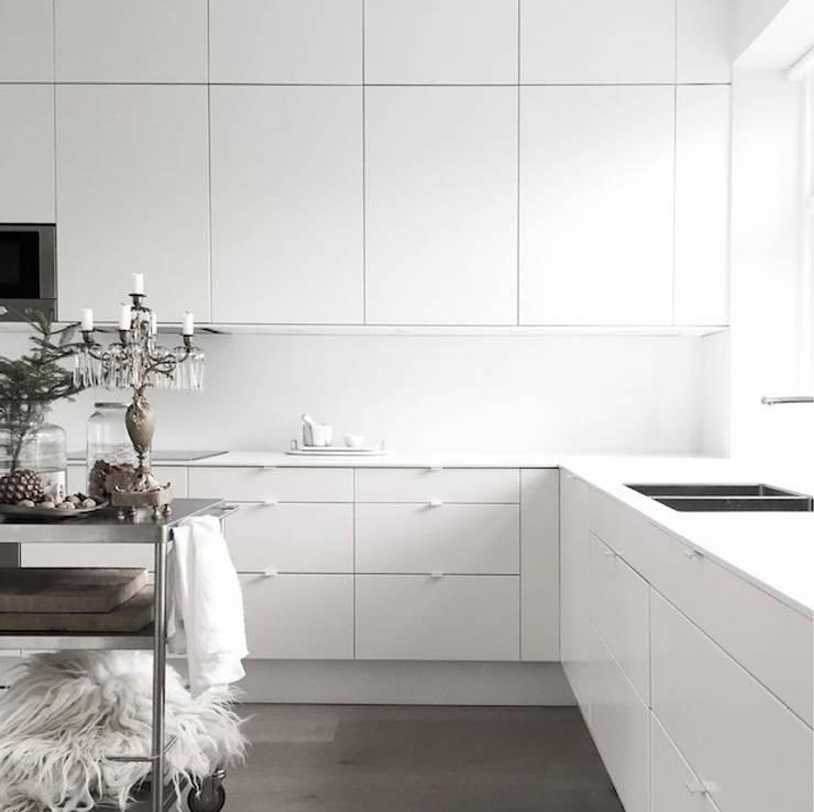 Кухня в . Автор – Design for Love
