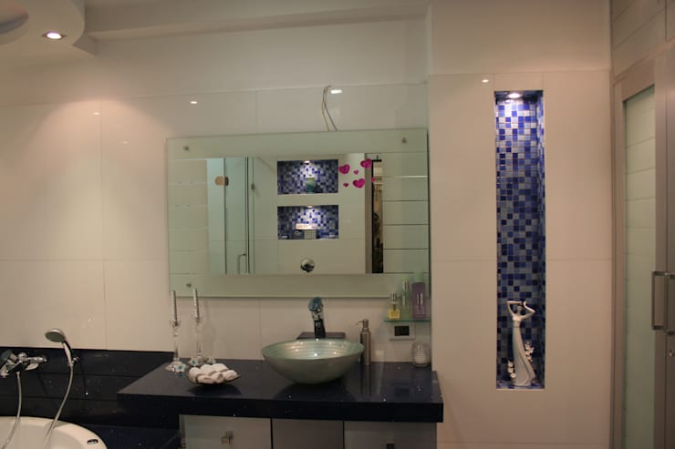 Interior:  Bathroom by Bss Design and Interiors Pvt.Ltd,Modern
