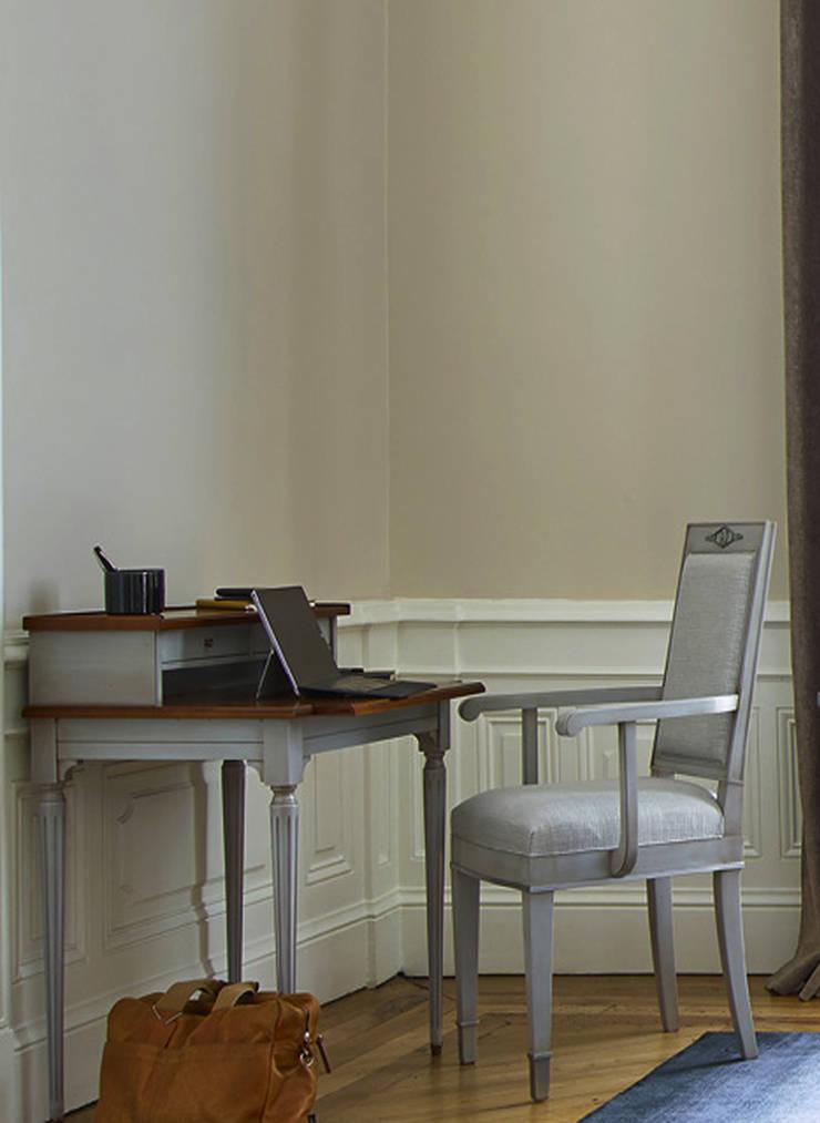 ESTUDIO: Estudios y oficinas de estilo  por Conexo.